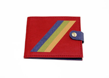 China Attractive New Design Kraft Paper Wallet Eco - Friendly Washable With Button Closure factory